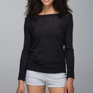 Lululemon Chai Time Pullover II In Heathered Black
